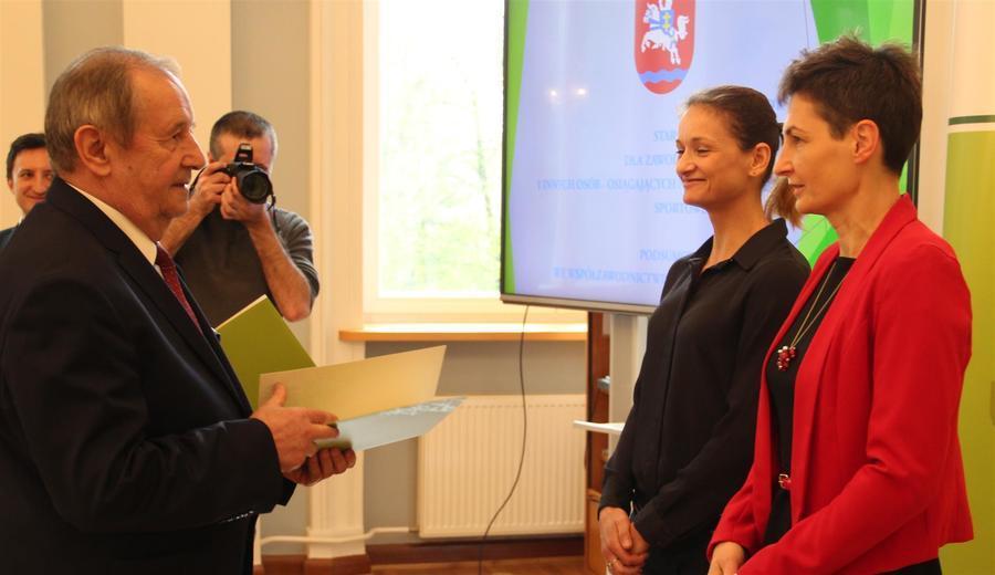 Sportowe nagrody Starosty Puławskiego za 2016 r.