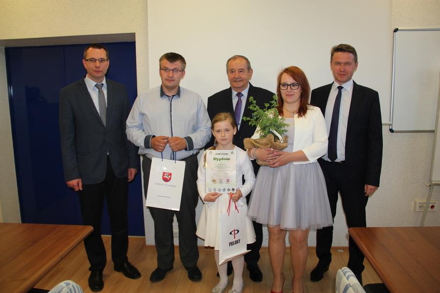 """Podsumowanie XV edycji Akcji """"Drzewko za butelkę"""" ® 2017"""