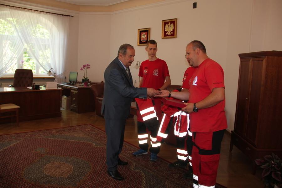 Wsparcie od Starosty Puławskiego dla Wodnego Ochotniczego Pogotowia Ratunkowego