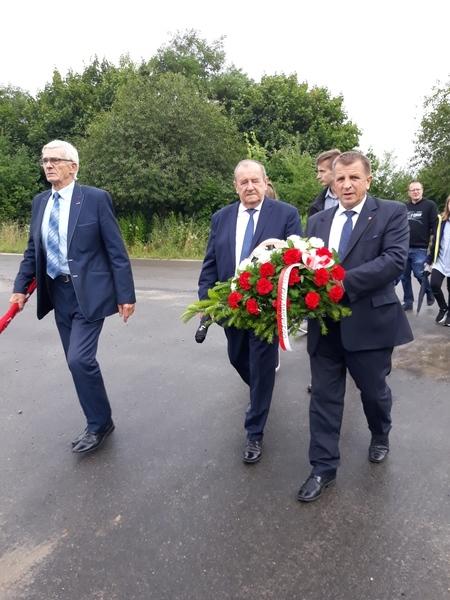 <p>Delegacja Powiatu Puławskiwego, CzłonekZarządu Powiatu Puławskiego, Starsota Puławski, Wiceprzewodniczący Powiatu Puławskiego</p>