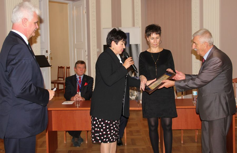 Jubileusz 60-lecia Towarzystwa Przyjaciół Puław, wręczenie Dorocznej nagrody Starosty Puławskiego w dziedzinie kultury