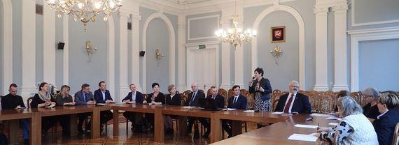 Startujemy z I Nadwiślańskimi Spotkaniami z Folklorem Ziemi Puławskiej i Dożynkami Powiatowymi Baranów 2020