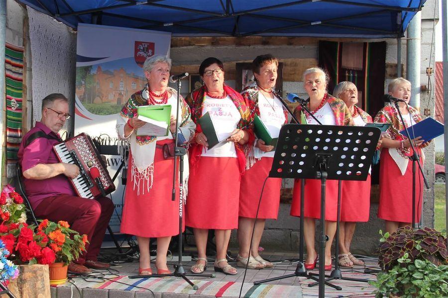 Niezawodne przepisy kulinarne kobiet z pasją - promocja książki w Borowej