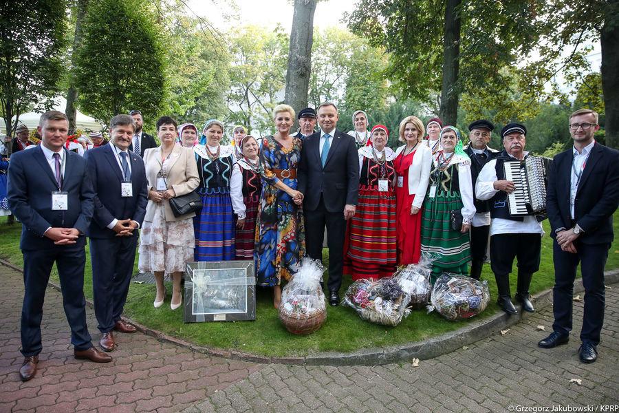 Grupa z woj. lubelskiego z Parą Prezydencką