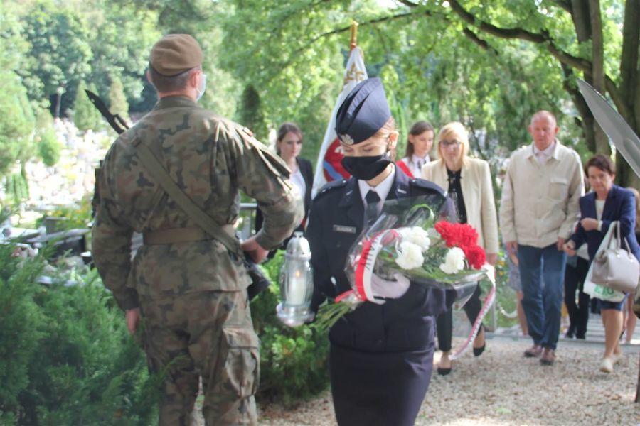 Uroczystości na cmentarzu