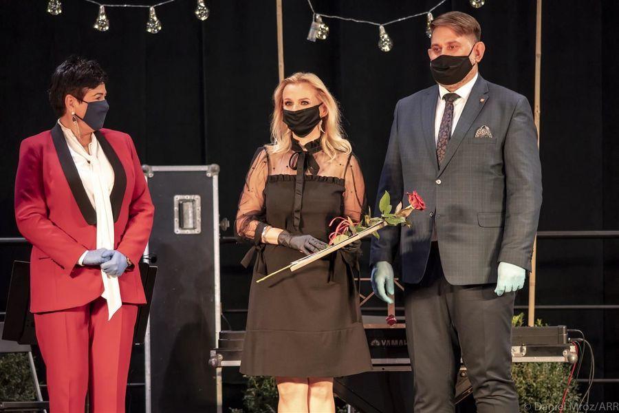 Laureatka Nagrody Starosty Puławskiego w dziedzinie kultury Joanna Czajkowska