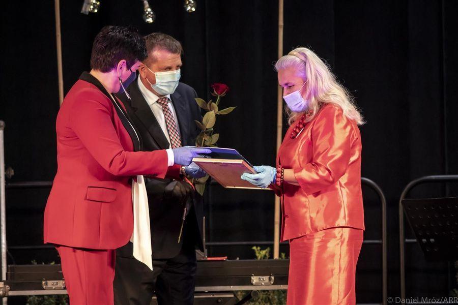 Laureatka Nagrody Starosty Puławskiego w dziedzinie kultury Gosława Kowalczyk