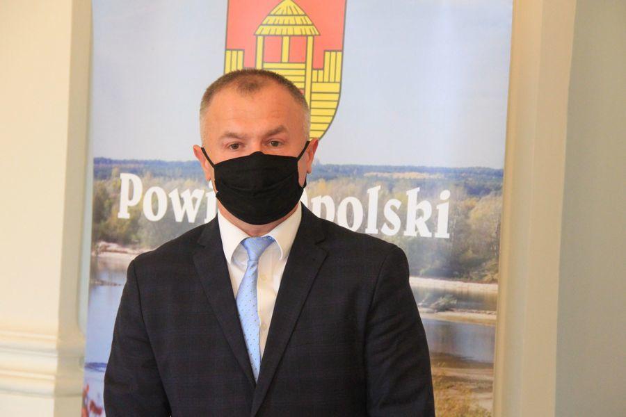 Starosta Opolski Dariusz Piotrowski.