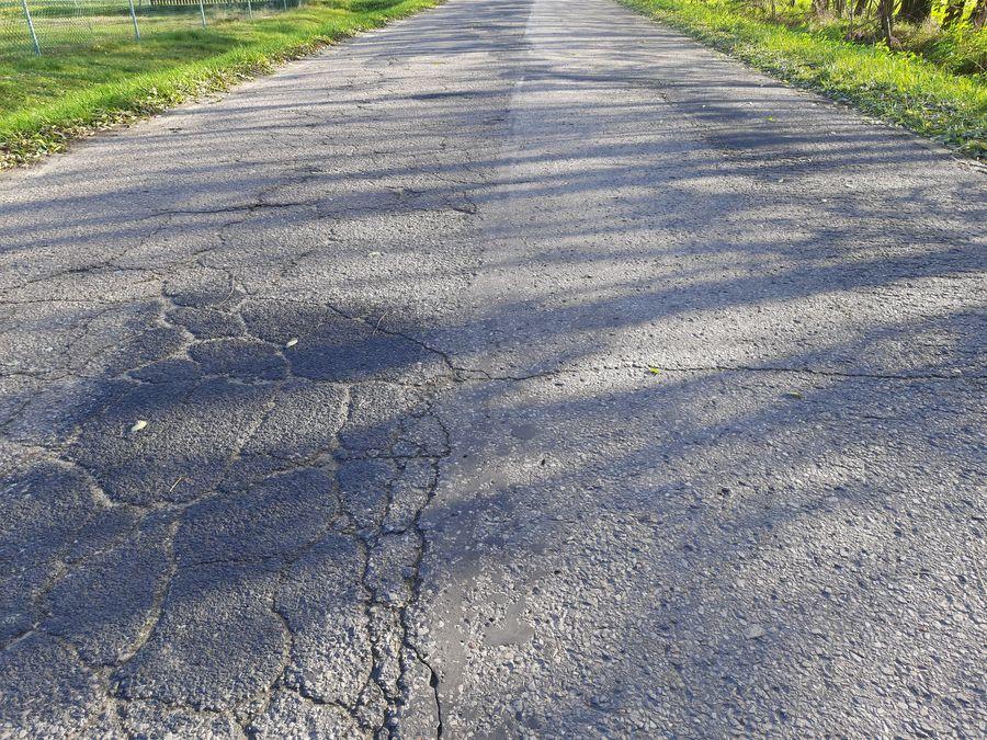 Droga powiatowa nr 2525L w Brześcach.