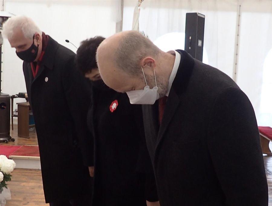 Delegacja Powiatu Puławskiego składa hołd walczącym o niepodległość