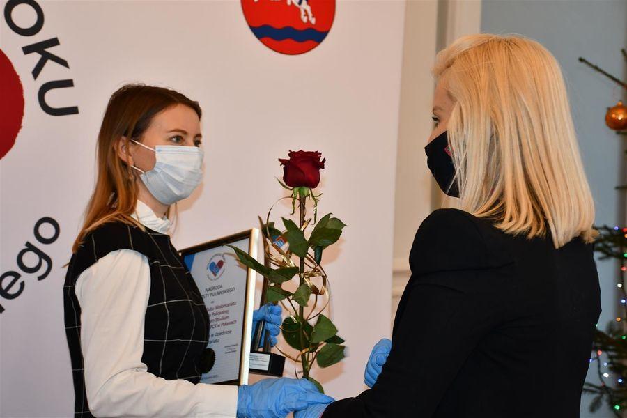 Nagroda dla Szkolnego Klubu Wolontariatu przy Medycznym Studiu Zawodowym w Puławach