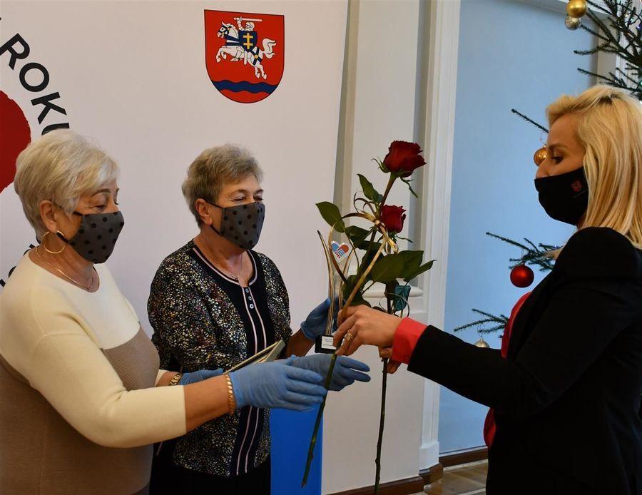 Nagroda dla grupy wolontariuszy przy Kole PZERiI w Gołębiu