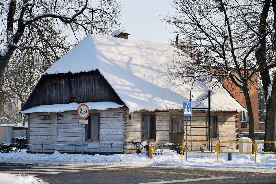 Stara chata przy ul. Kazimierskiej