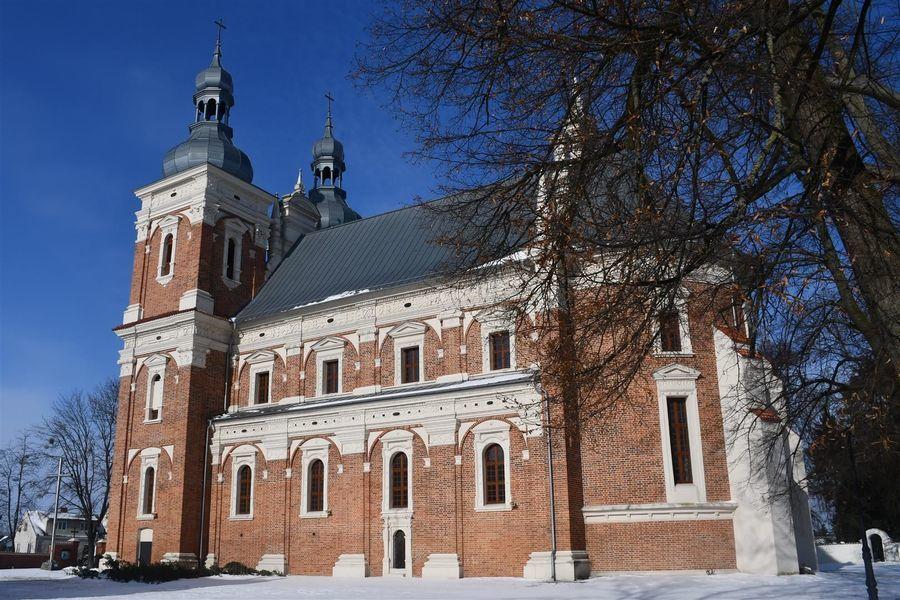 Kościół parafialny w Gołebiu