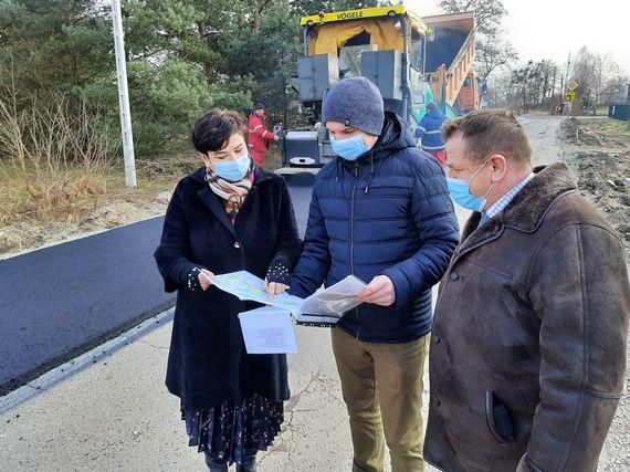 Wznawiamy prace na drogach powiatu puławskiego