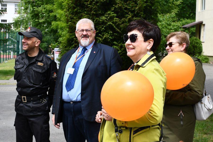 Komendant G. Podhajny, członek zarządu I. Rzepkowski, starosta D. Smaga, kierownik M. Noskowska