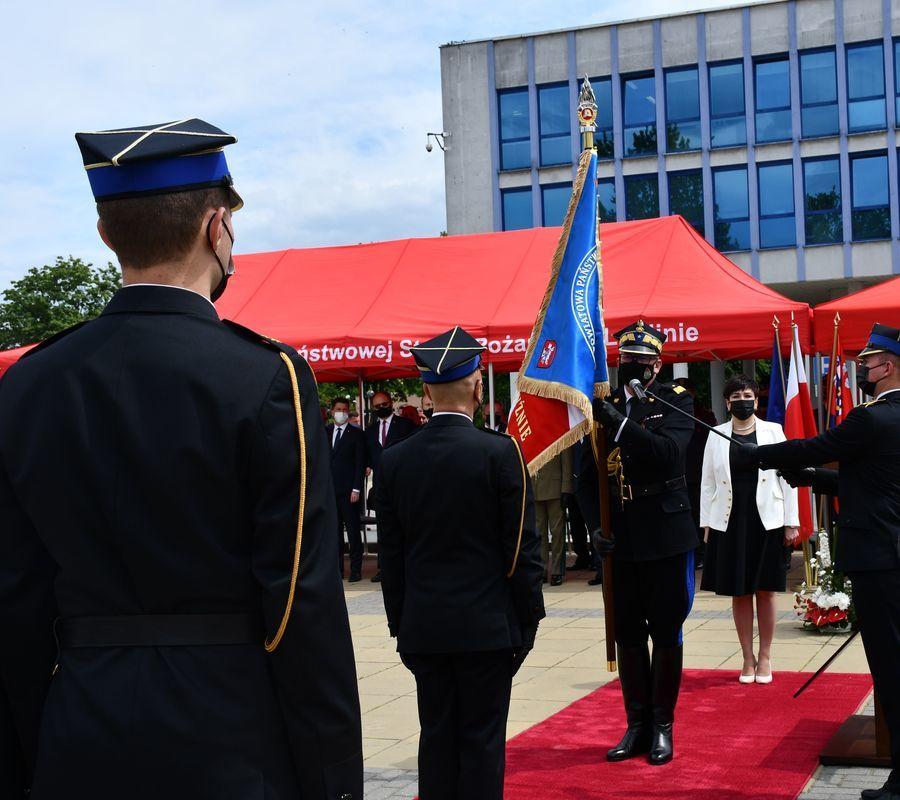 Uroczystości nadania sztandaru Komendzie Powiatowej PSP w Puławach