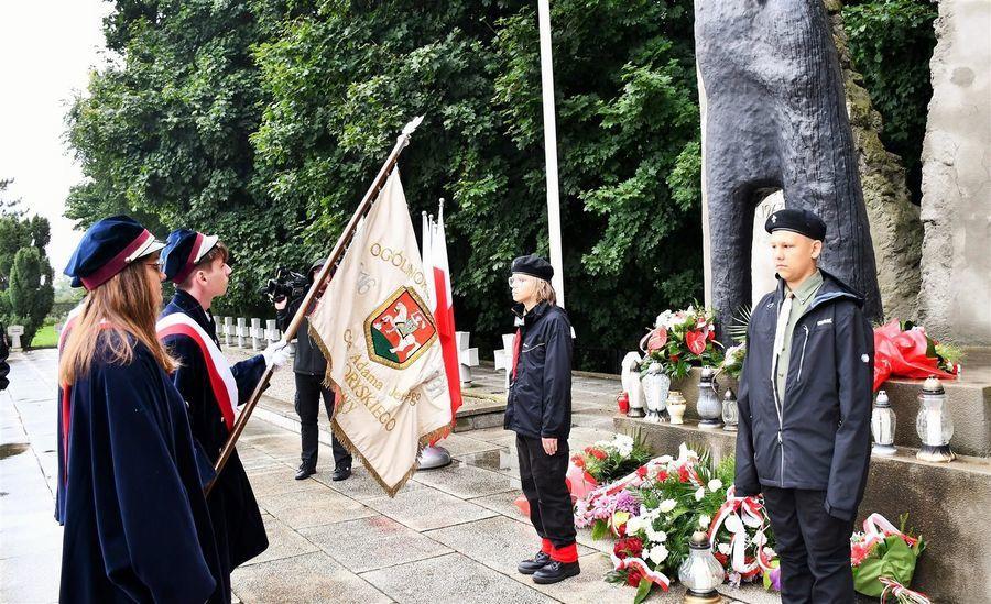 Poczet sztandarowy I LO im. ks. A. J. Czartoryskiego w Puławach