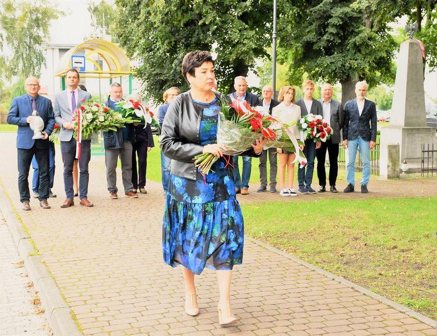 Kwiaty od starosty puławskiego D. Smagi