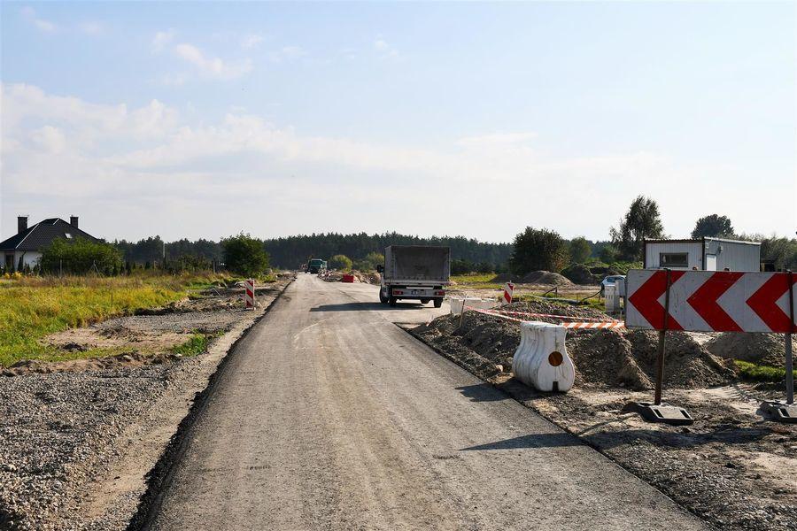 Rozbudowany odcinek drogo w Borowej