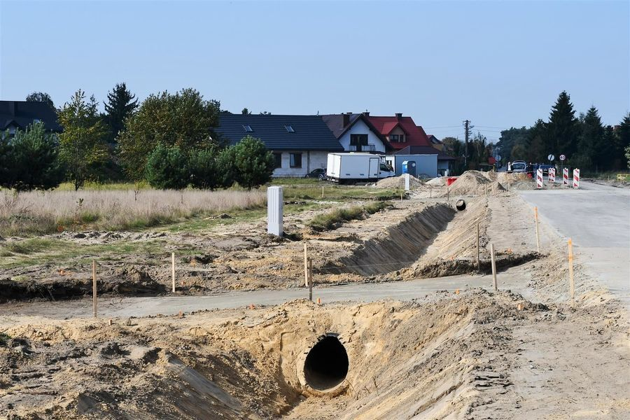 Prace towarzyszące rozbudowie drogi