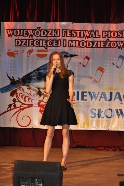 """Wojewódzki Festiwal Piosenki Dziecięcej i Młodzieżowej """"Śpiewający Słowik"""""""