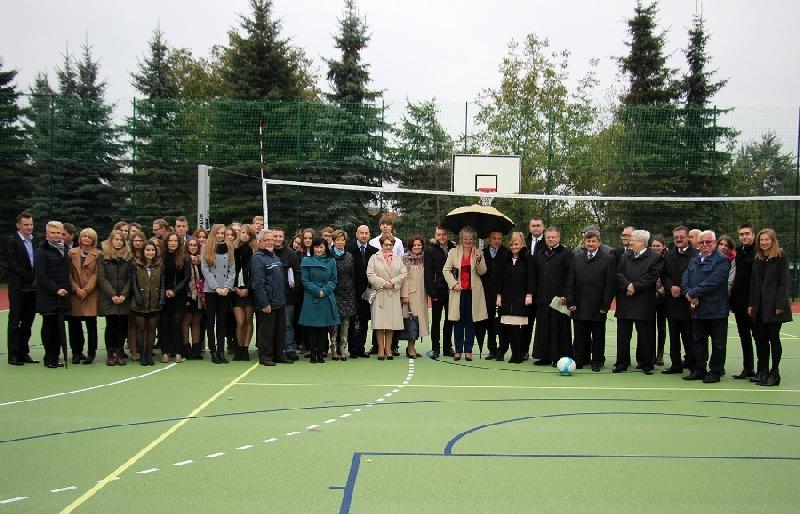 Oficjalne otwarcie boiska wielofunkcyjnego przy ILO w Rykach