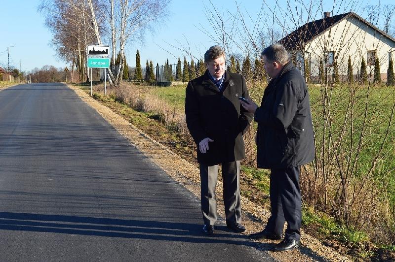 Modernizacja dróg powiatowych w miejscowościach Padarz i Janopol
