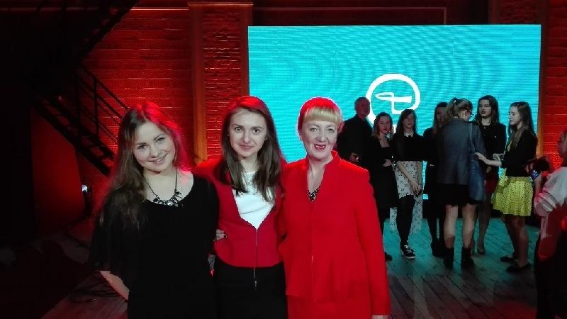 """""""Zemsta"""" w wykonaniu młodzieży z I LO w Rykach w finale konkursu teatralnego"""