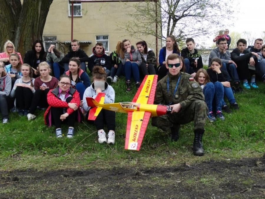 Wielkie Manewry Gimnazjalistów w Sobieszynie-Brzozowej