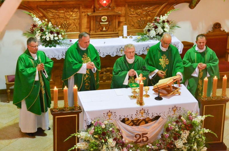 25-lecie parafii w Starym Bazanowie