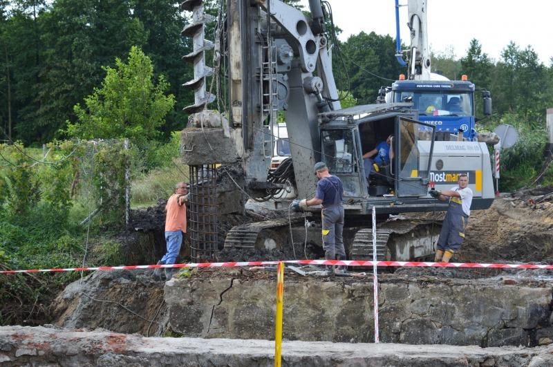 Trwa budowa mostu w Grabowcach Dolnych