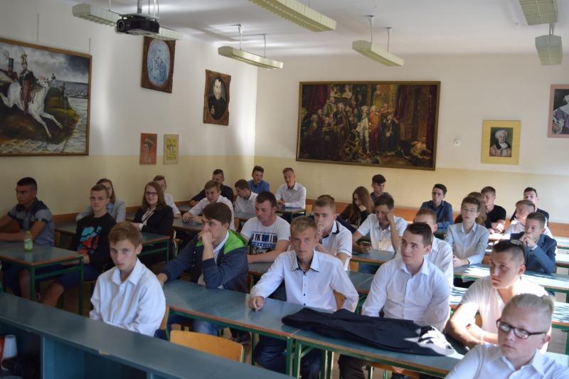 Zespół Szkół Zawodowych nr 2 im. Leona Wyczółkowskiego w Rykach