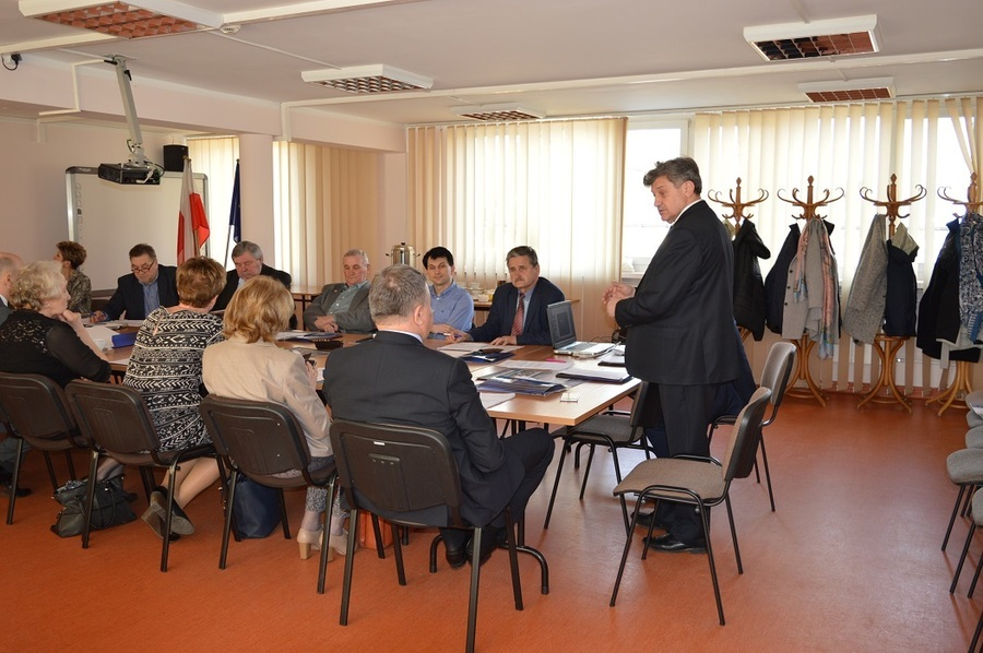 Pierwsze posiedzenie Powiatowej Rady Rynku Pracy w Rykach