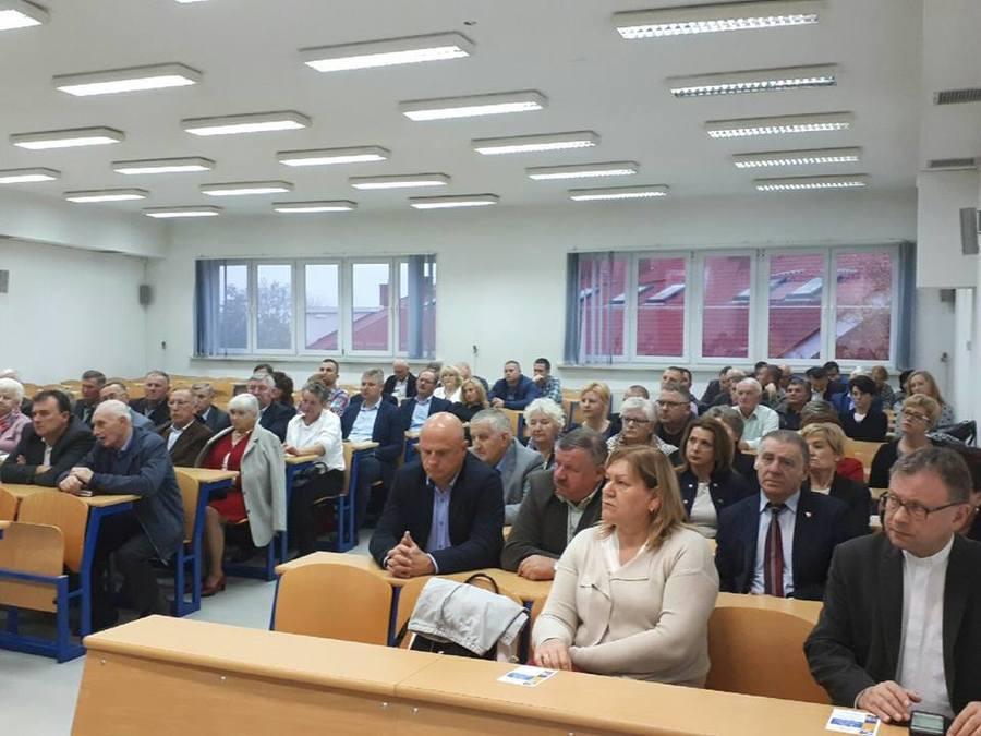 Rozmawiali o potrzebach, oczekiwaniach i możliwościach w zakresie wsparcia unijnego dla JST, biznesu