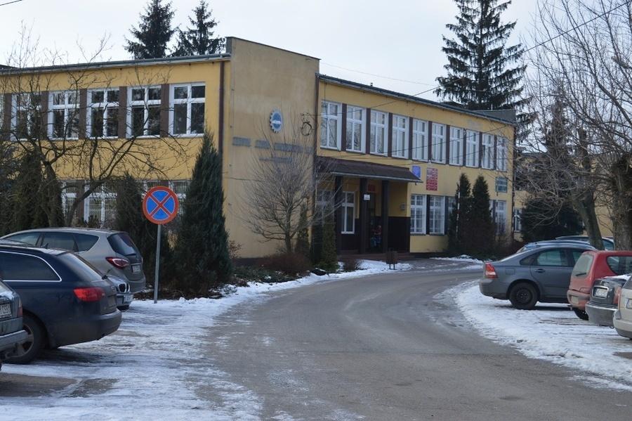 Zespół Szkół Zawodowych nr 1 w Dęblinie