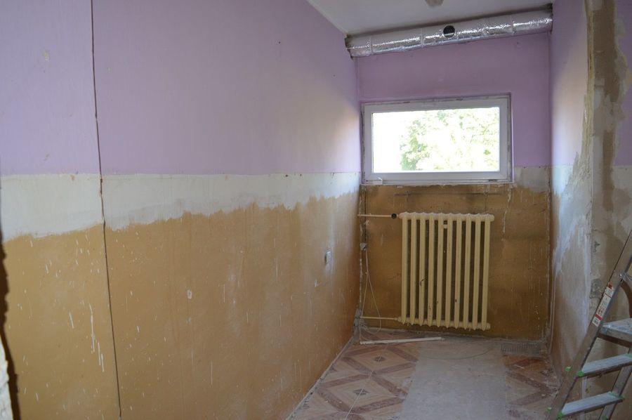 Prace remontowe w budynku warsztatów szkolnych ZSZ nr 2 w Dęblinie
