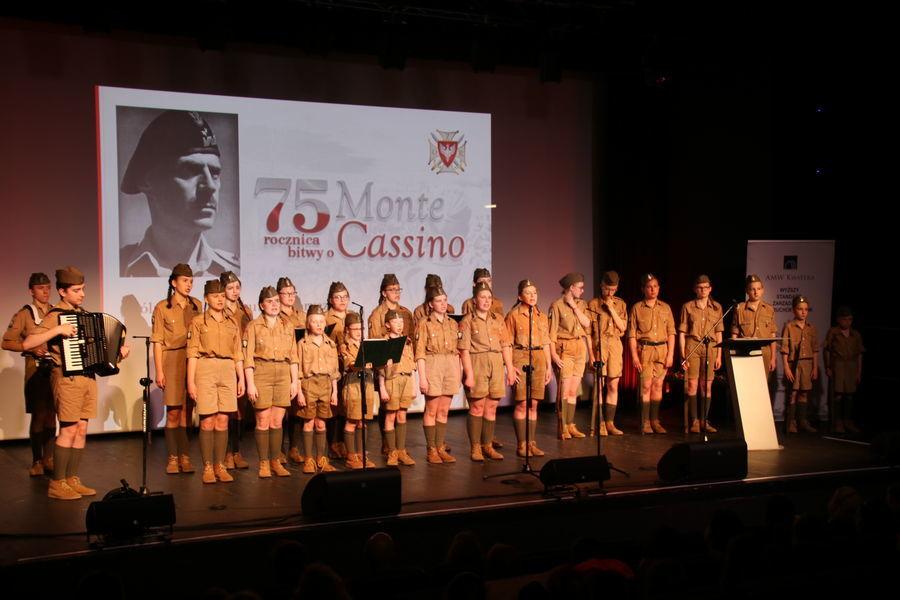"""Gala finałowa konkursu """"75 rocznica bitwy o Monte Cassino"""" zorganizowanego przez Związek Oficerów Rezerwy RP"""