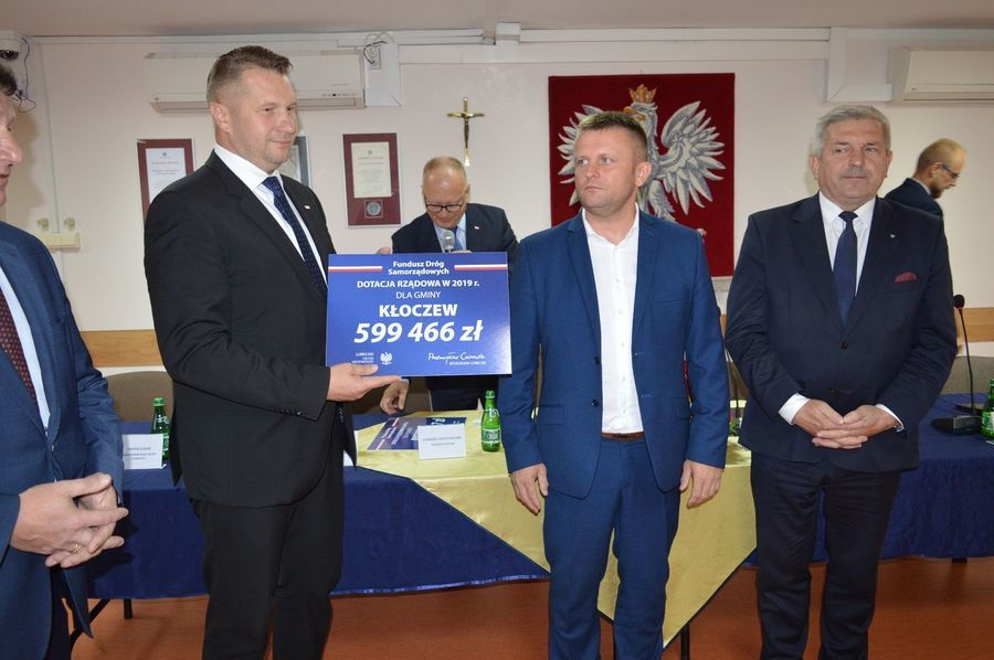 Blisko 14 mln zł na drogi lokalne Powiatu Ryckiego