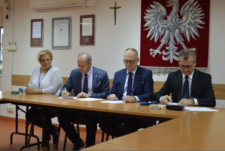 Podpisanie umowy na dostawę Tomografu Komputerowego dla Szpitala Powiatowego w Rykach