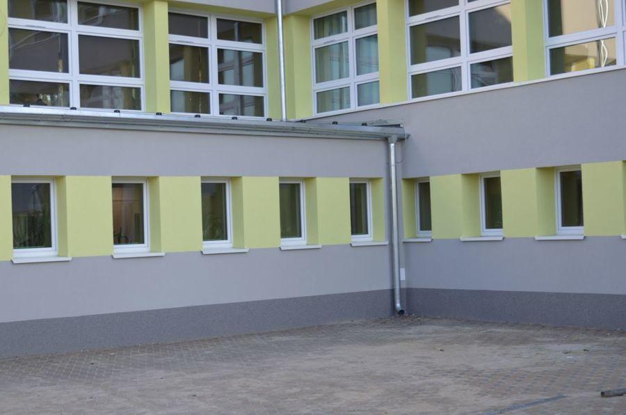 Odbiór końcowy budynku szkoły Zespołu Szkół Zawodowych Nr 1 w Rykach
