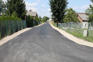 Przebudowa drogi gminnej nr 105121L w Charlężu
