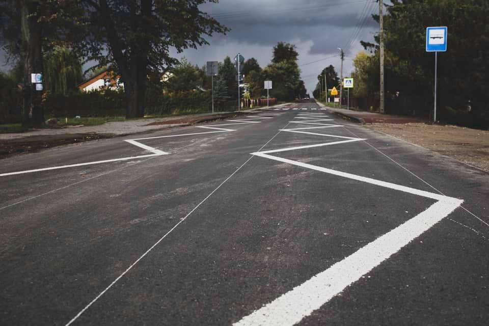 Odbiór techniczny nowo przebudowanej drogi powiatowej nr: 2534L w miejscowości Karmanowice - Gmina Wąwolnica