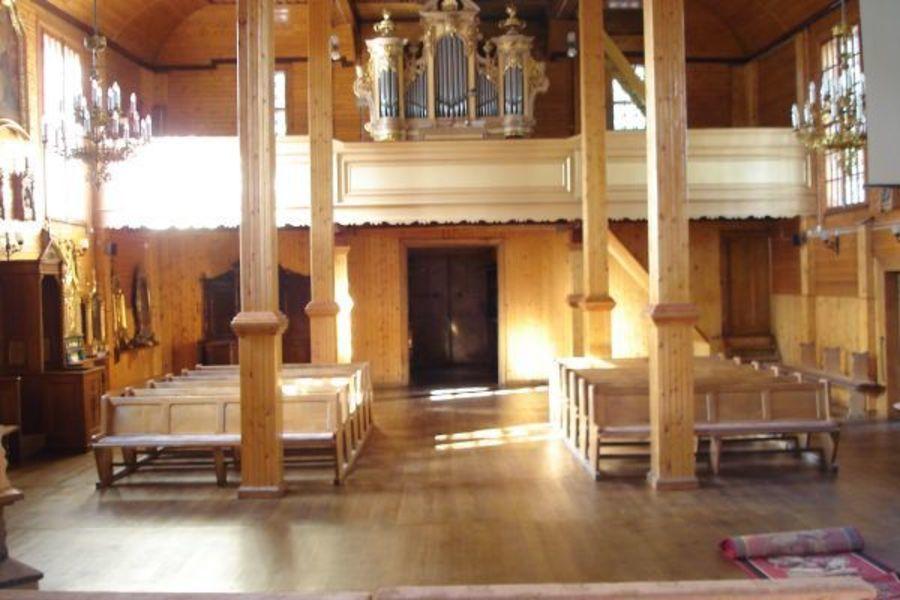 Kościół - widok na chór
