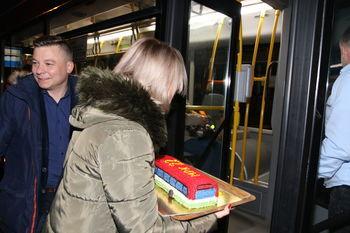 Tort na powitanie autobusu