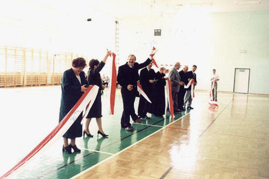 16.10.2000r Otwarcie hali widowiskowo - sportowej