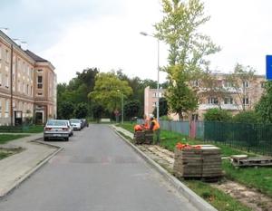 Modernizacja chodników przy ulicy płk. pil. J. Rogowskiego w os. Lotnisko w Dęblinie.