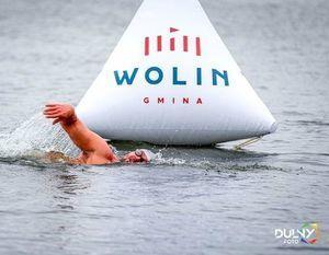 Pływak w wodzie