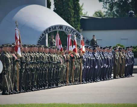 Zdjęcie grupowe żołnierzy
