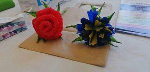 Papierowe kwiaty z historią...